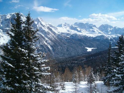 Ski holidays to FolgaridaMarilleva Italy